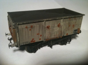 Bachmann Mineral Wagon with Rust effect patches