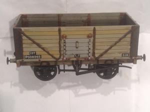 Dapol 7mm wagon weathered by black and decker boy 2